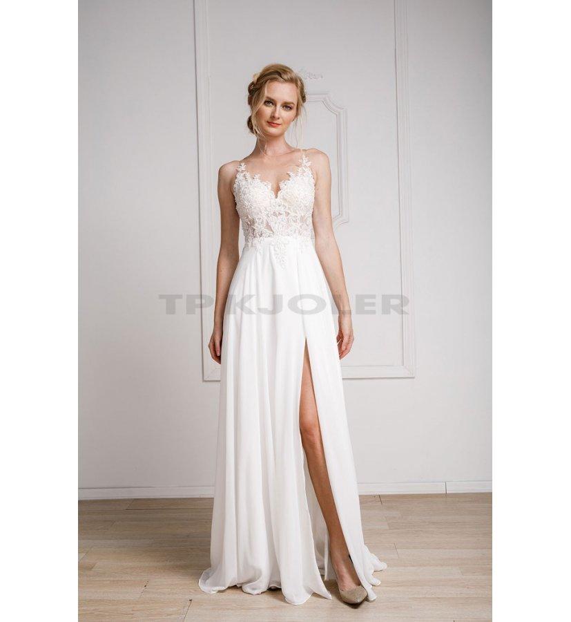 Blonder med hvide kjoler Konfirmationskjoler med